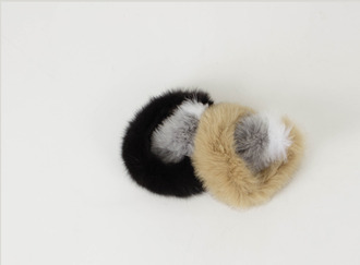 Coloration fox fur muffler