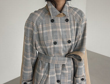 Half check trench coat