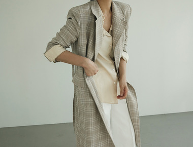 Shoulder pad trench coat