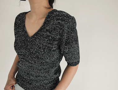Metal V neck knit