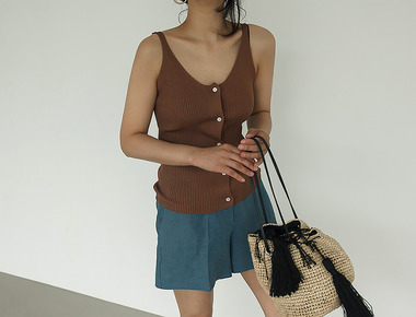 Two way sleeveless knit