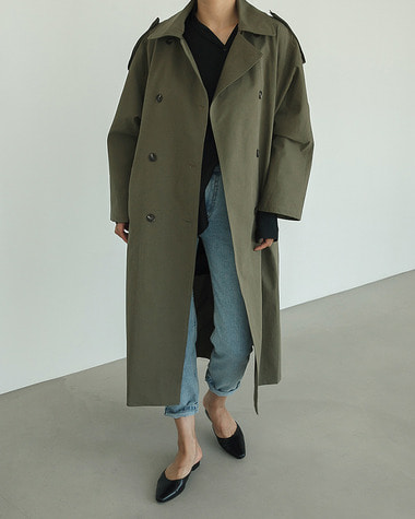 Over classic trench coat