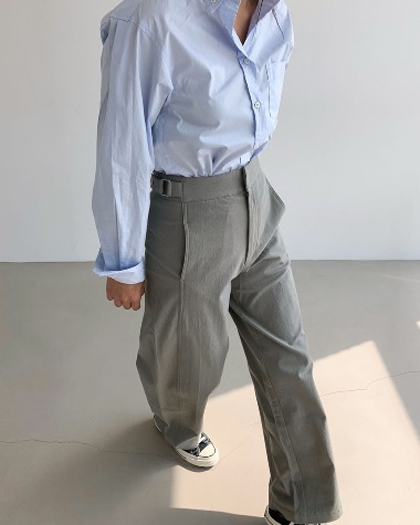 Clean belted pants