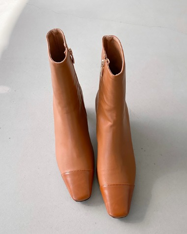 W4030 Enamel point boots