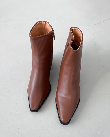 W4031 Formal ankle boots