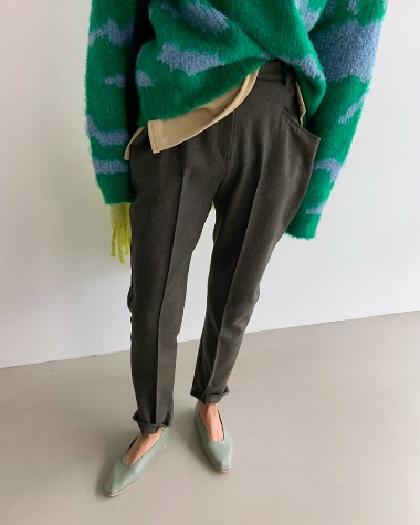 Blan wool pants