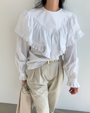 Locas frill blouse
